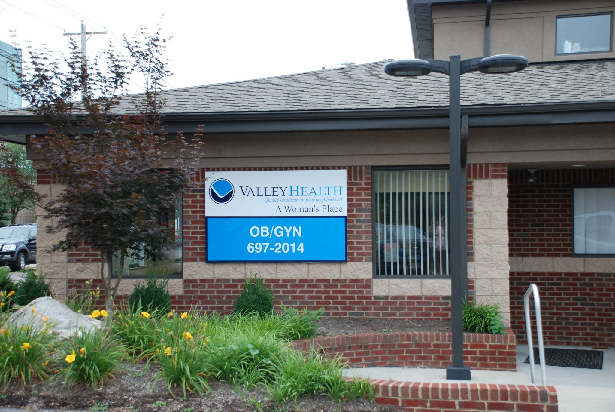 Valley Health - A Woman Place